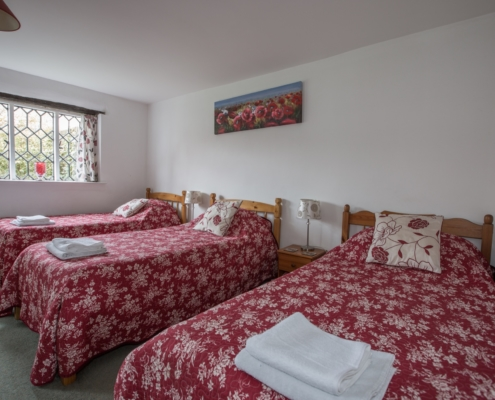 Strawberry Cottage - Triple Bedroom